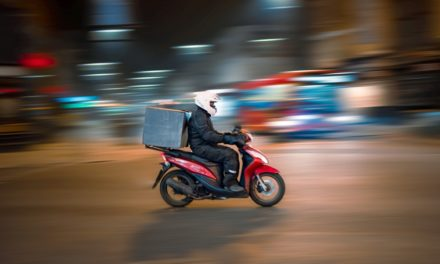 How To Make Money Delivering Food From Restaurants